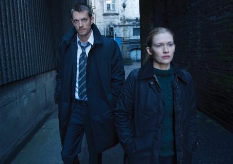 I detective Sarah Linden e Stephen Holder nella serie tv The Killing