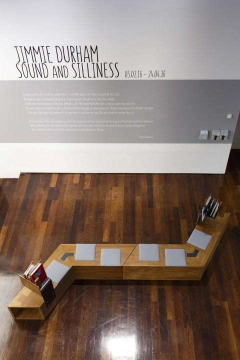 Spazi del MAXXI che ospitano la mostra di Jimmie Durham, 2016 - courtesy Fondazione MAXXI, Roma - photo Musacchio Ianniello