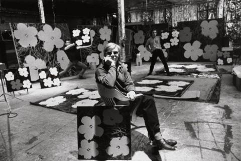 Ugo Mulas, Andy Warhol, Philip Fagan e Gerard Malanga, New York, 1964 © Estate Ugo Mulas, Milano – courtesy Galleria Lia Rumma, Milano-Napoli