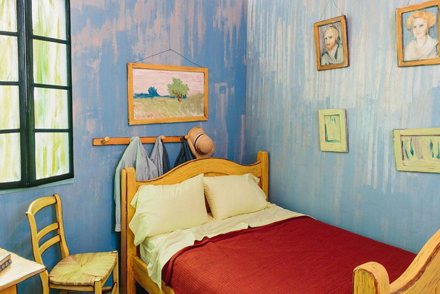 Dormire nella Camera di van Gogh ad Arles. Ma a Chicago, e ...