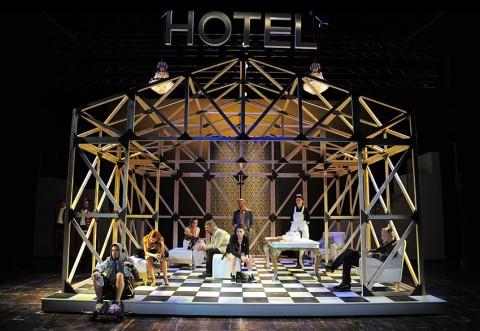 Candide di Mark Ravenhill - regia Fabrizio Arcuri - photo Achille Le Pera