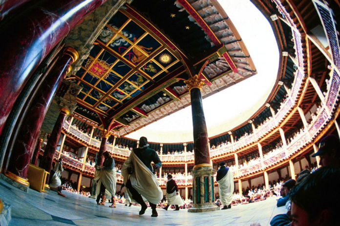 Photo by RICHARD POHLE / Rex Features, PERFORMANCE OF SHAKESPEARE PLAY 'JULIUS CAESAR' AT THE GLOBE THEATRE, SOUTHWARK, LONDON, BRITAIN - 1999