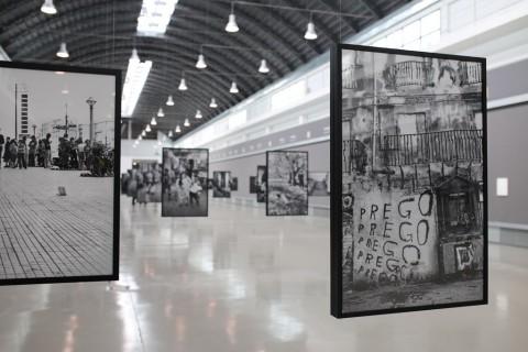 Letizia Battaglia – Anthologia - installation view at ZAC, Palermo 2016 - photo Olimpia Cavriani