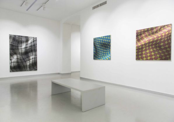 Peter Schuyff – Selected Paintings - installation view at Galleria Luca Tommasi, Milano 2016