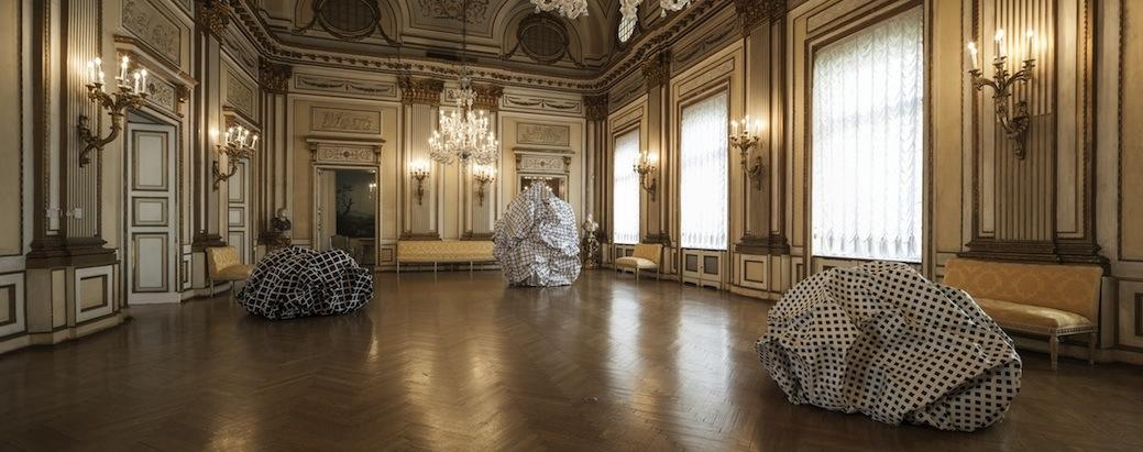 Esther Stocker – Geometrien – installation view at Palais Metternich, Vienna 2016 - photo Rudolf Strobl