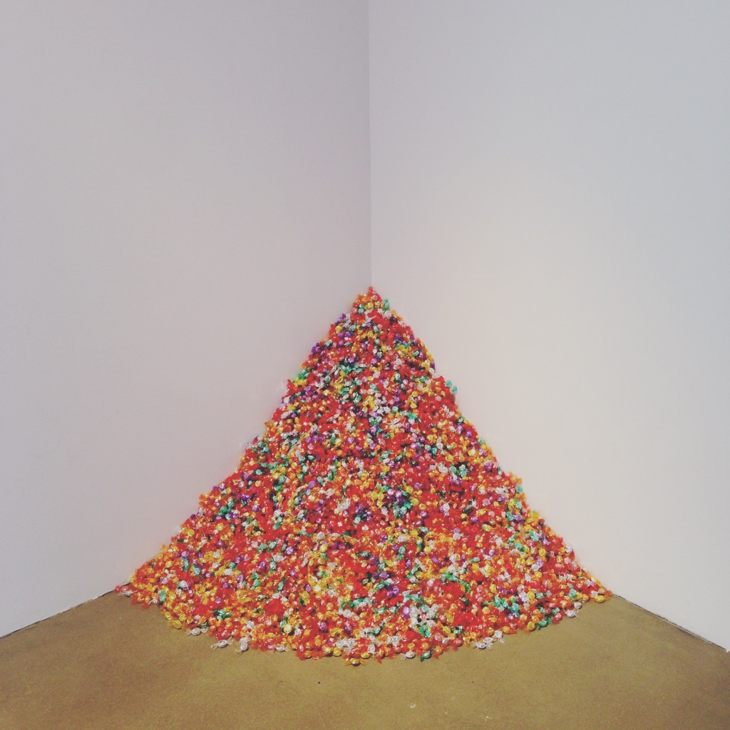 Felix Gonzalez-Torres, Untitled (Portrait of Ross in L.A.), 1991