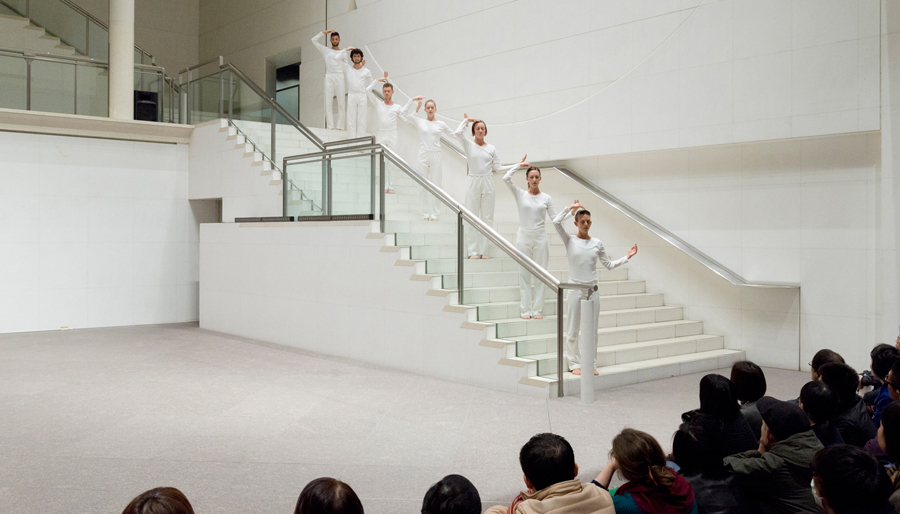 Kyoto Esperiment Spring 2016 - Trisha Brown Dance Company, In Plain Site - photo Yuki Moriya