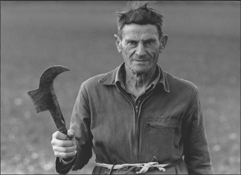 Mario Dondero, Il mondo di Piero della Francesca, contadino della regione di Sansepolcro, 2002