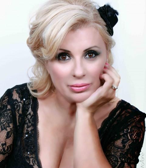 Tina Cipollari. mitica opinionista (ed ex tronista) di Uomini & Donne