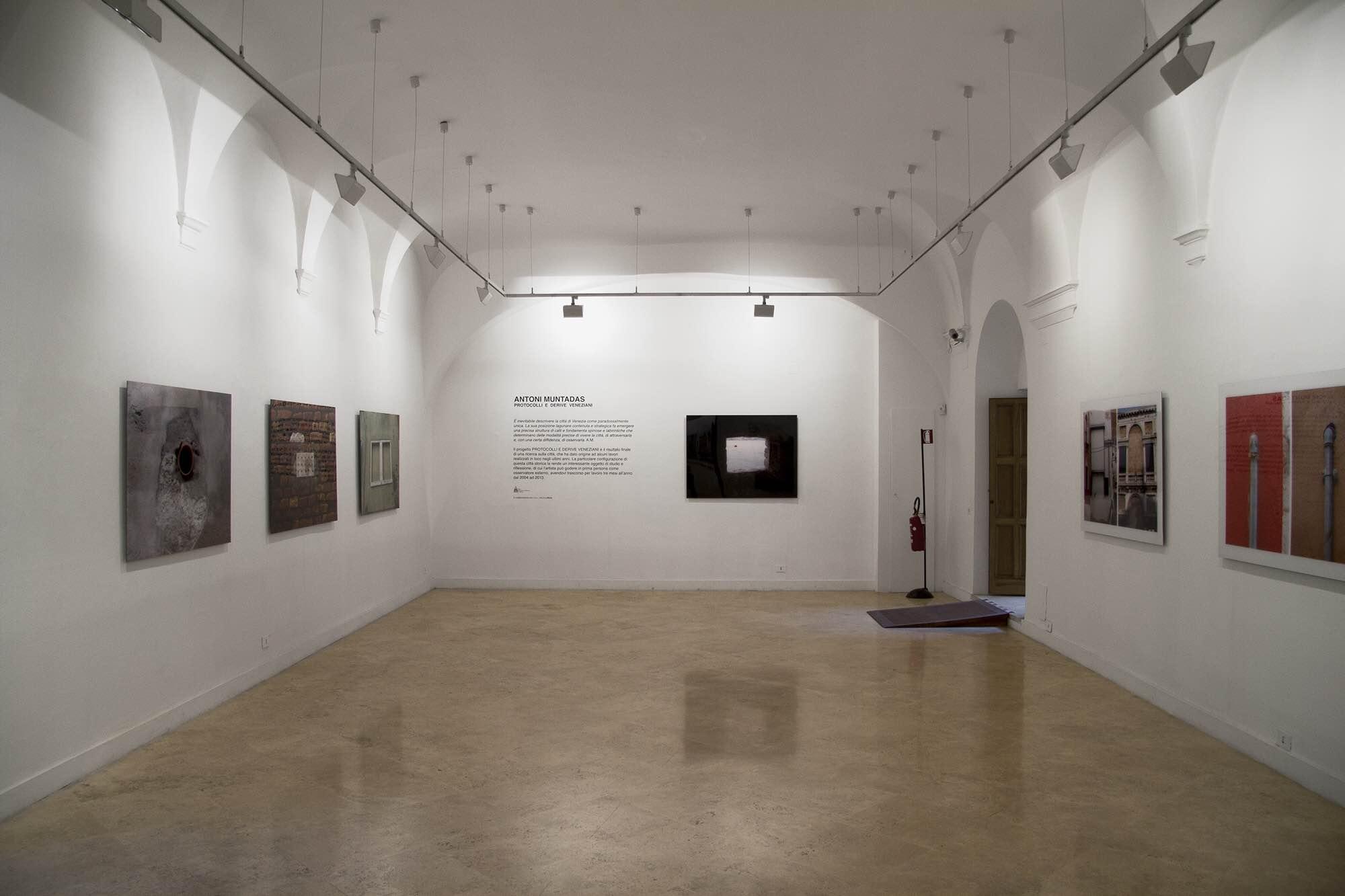 Antoni Muntadas – Protocolli e derive veneziane - installation view at Real Academia de España, Roma 2016