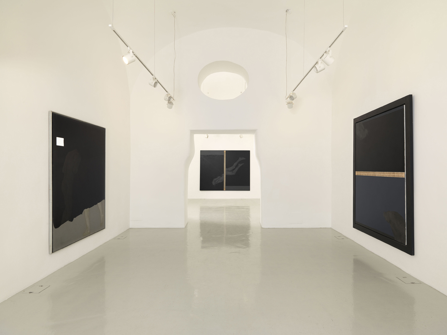 Carlo Alfano – La pienezza dell'assenza - installation view at Studio Trisorio, Napoli 2016