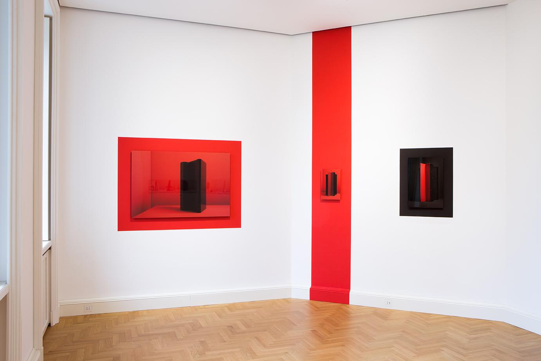 Lorenzo Vitturi – Droste Effect, Debris and Other Problems – installation view at Viasaterna, Milano 2016 – photo credit Viasaterna