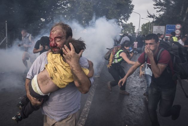 Reporting Europe's Refugee Crisis, 2015 - © Sergey Ponomarev - General News, 1st prize stories
