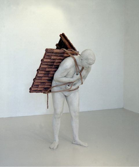 Adrian Paci, Home to go, 2001 - courtesy AGIVERONA Collection & Kaufmann e Repetto, Milano