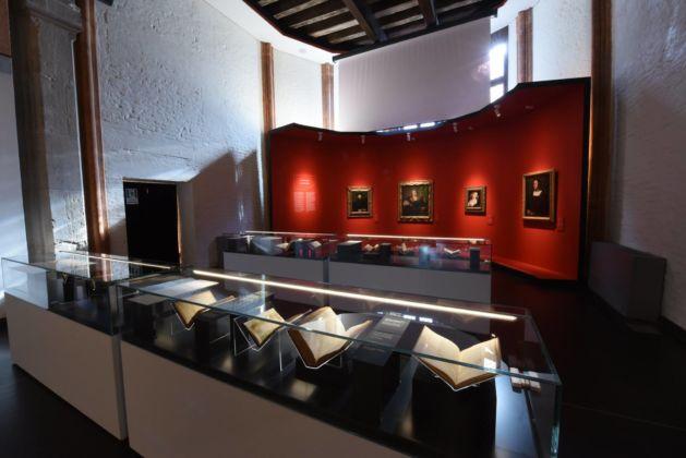 Aldo Manuzio - il rinascimento di Venezia, maze installation, exhibition graphic and colours Studio Fludd
