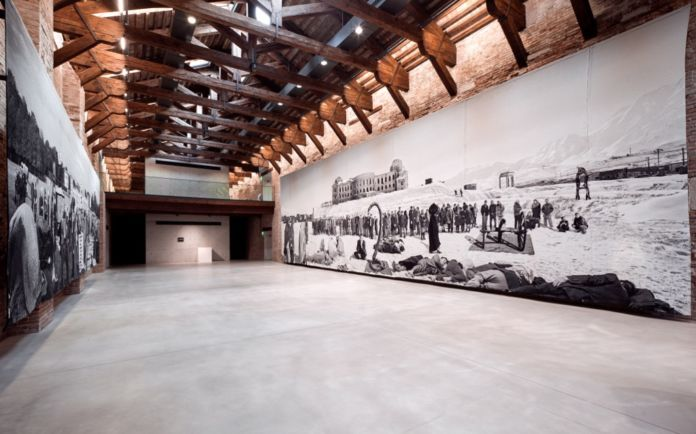 Goshka Macuga, Of what is, that it is; of what is not, that it is not 1 and 2, 2012 - Pinault Collection - Courtesy the artist - Installation view at Punta della Dogana, 2016 - © Palazzo Grassi, photo Fulvio Orsenigo