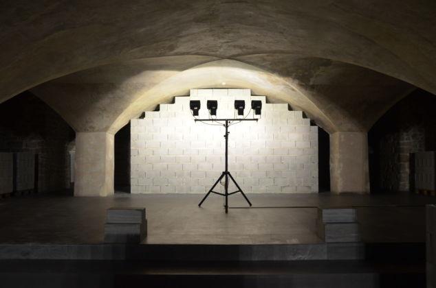 La-Mano-De-Dios- Rayyane- Tabet-Leonardo-Bigazzi-Museo-Marino-Marini-Firenze-Crediti-Valentina-Silvestrini