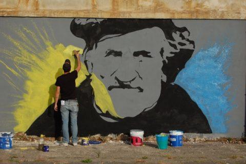 Messina, Maregrosso, l'artista Kuma al lavoro - photo Elena Bonaccorsi