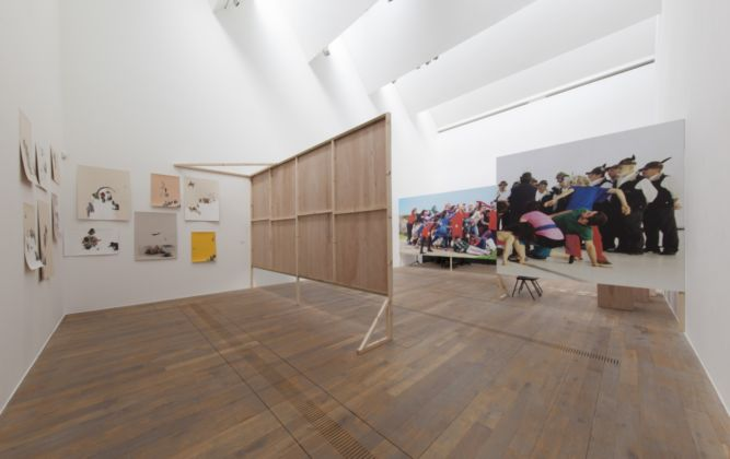 Marinella Senatore, The School of Narrative Dance and Other Surprising Things, 2016, installation view at MOSTYN, Wales UK (foto Dewi Lloyd)