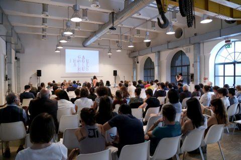 """Nanni Balestrini – """"Tutto"""" in una volta - FM Centro per l'Arte Contemporanea, Milano 2016 - photo Virginia Garra"""