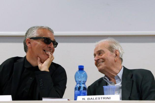 """Nanni Balestrini – """"Tutto"""" in una volta - FM Centro per l'Arte Contemporanea, Milano 2016 - photo Virginia Garra - Marco Scotini e Nanni Balestrini"""