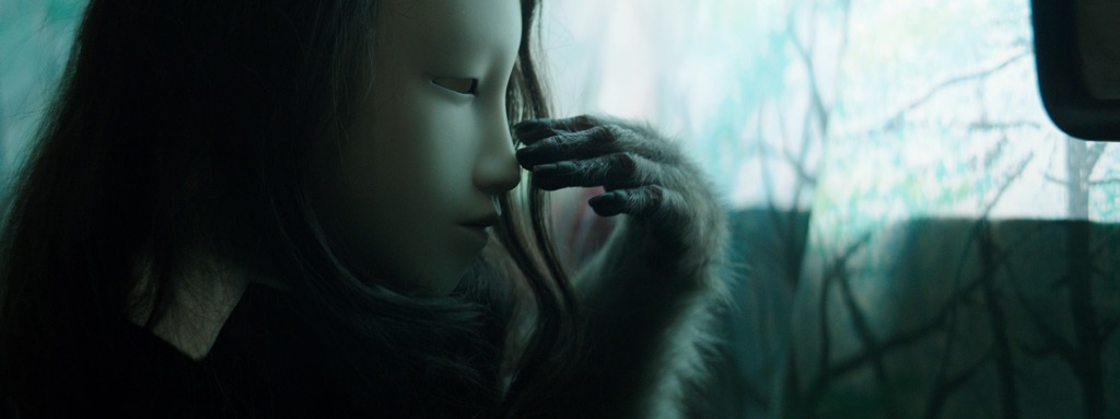 Pierre Huyghe, Untitled (Human Mask), 2014 - Pinault Collection - © Pierre Huyghe, Courtesy the artist; Marian Goodman Gallery, New York; Hauser & Wirth, London; Esther Schipper, Berlin; Anna Lena Films, Paris