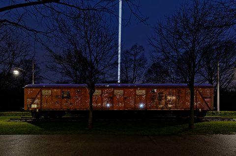 Yoko Ono - Lumière de l'aube - installation view at MAC, Lione 2016 - photo Blaise Adilon