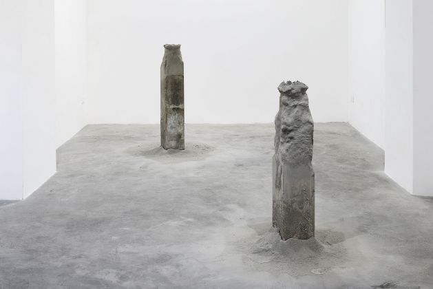 Stefano Canto - Concrete archive, installation view at Matèria Gallery, Roma 2016