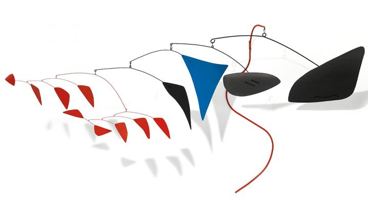 Alexander Calder, Le serpent rouge, 1958 – photo Prudence Cuming Associates Ltd, courtesy of Christie's London