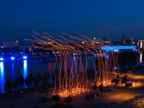 Ars Electronica 2016 - Drone 100. Spaxels over Linz - photo Martin Hieslmair