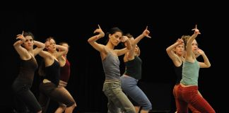 Batsheva Dance Company, Three - photo Gadi Dagon