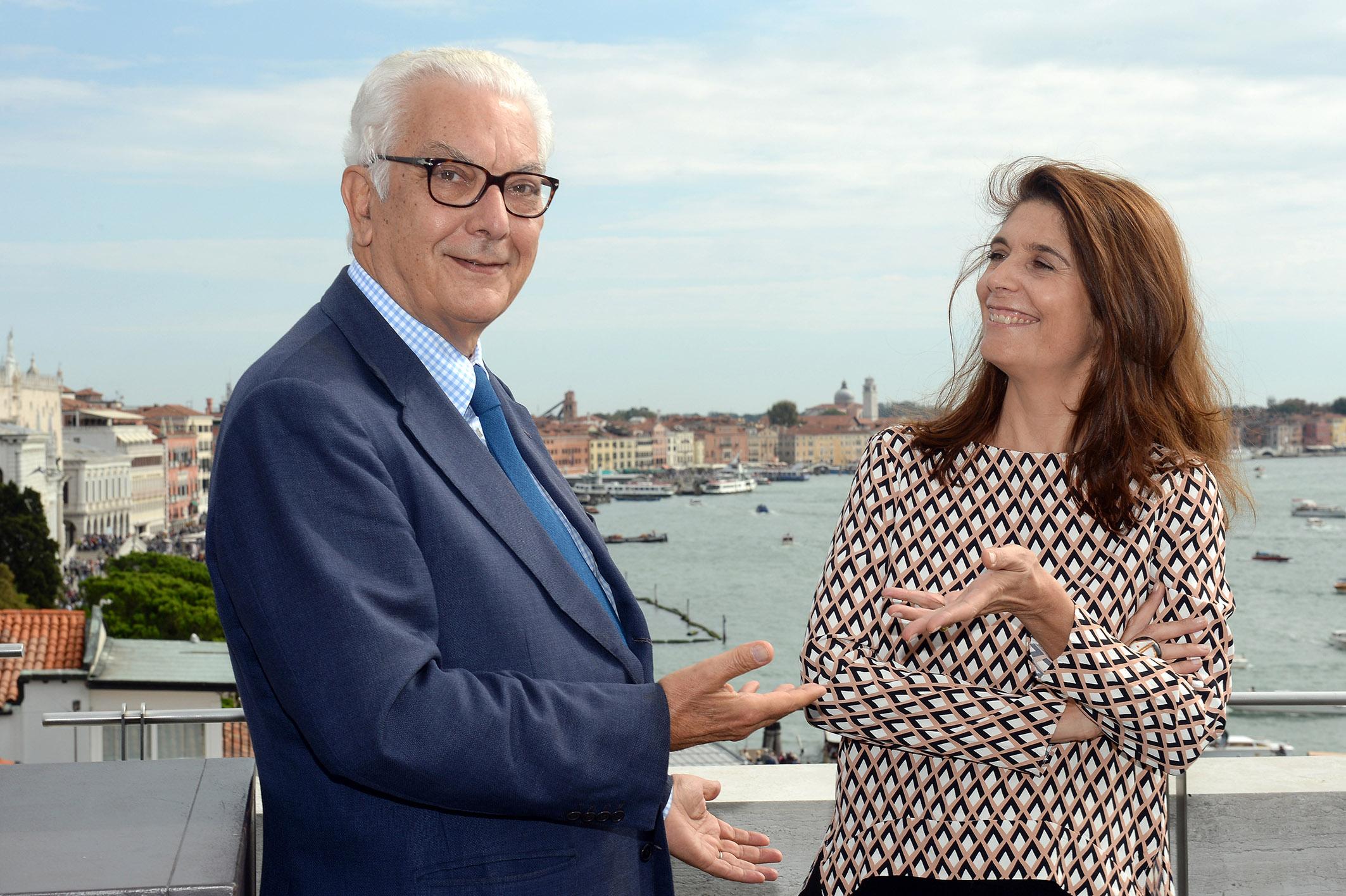 Paolo Baratta e Christine Macel - Foto Andrea Avezzi - Courtesy La Biennale di Venezia