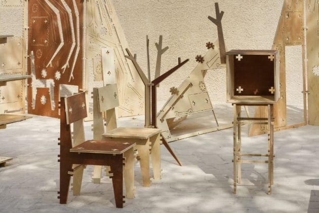Dubai Design Week Deconstruction Zone by Coletivo Amor de Madre