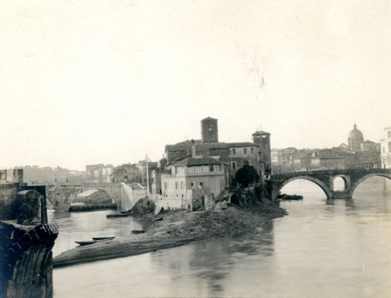 Esther B. Van Deman, View of Tiber Island from Ponte Palatino, Rome, n.d. - Photographic Archive, American Academy in Rome