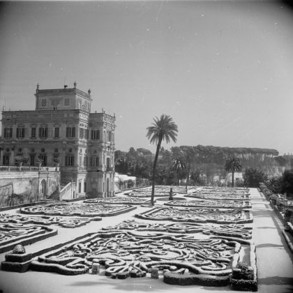 Georgina Masson, Palazzo Doria Pamphilj, Rome, 1950–65 - Photographic Archive, American Academy in Rome