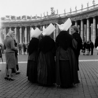 Georgina Masson, Piazza San Pietro, Rome, 1950–65 - Photographic Archive, American Academy in Rome