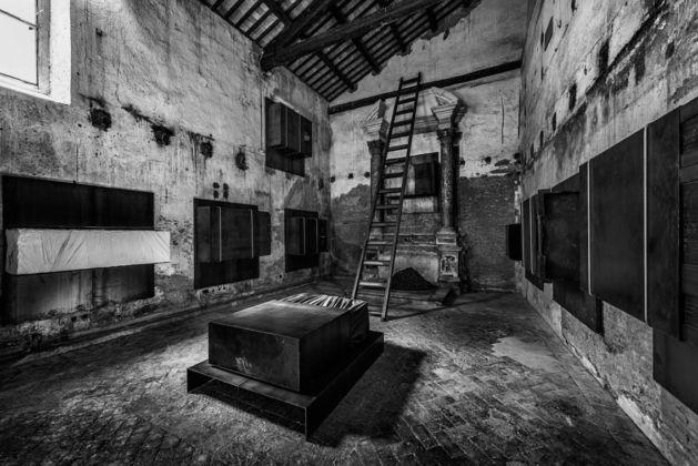 Jannis Kounellis – Dodecafonia - Gavin Brown's Enterprise, Roma 2016