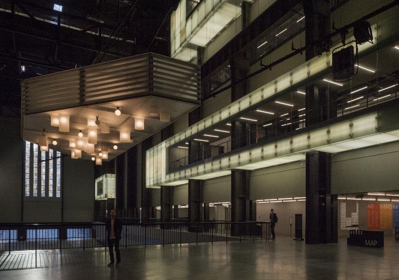 Philippe Parreno, Anywhen, 2016. Veduta dell'installazione, Turbine Hall, Tate Modern, Londra. Courtesy Tate
