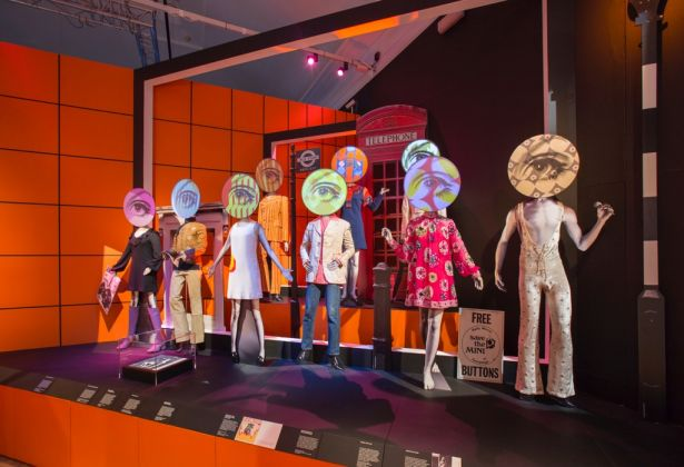 You Say You Want a Revolution? Records and Rebels 1966-70 – exhibition view at Victoria and Albert Museum, Londra 2016