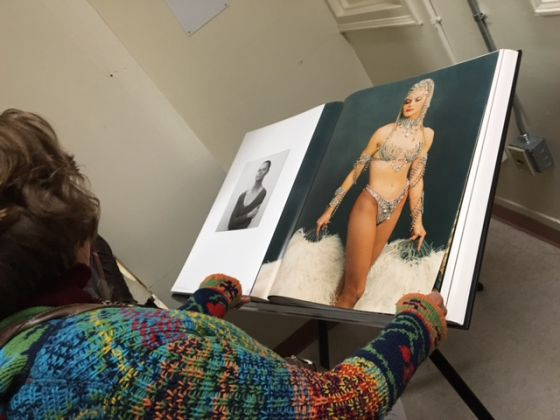 Annie Leibovitz – Women - exhibition view at The Former Bayview Correctional Facility, New York 2016 - photo Francesca Magnani