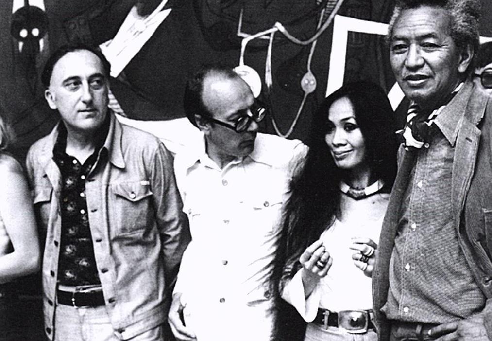 Copertina del volume curato da Ezio Gribaudo dal titolo Mural Cuba Colectiva 1967 Salon de Mai La Havane, 17 juillet 1967 (Torino, Edizioni d'Arte Fratelli Pozzo, 1967)