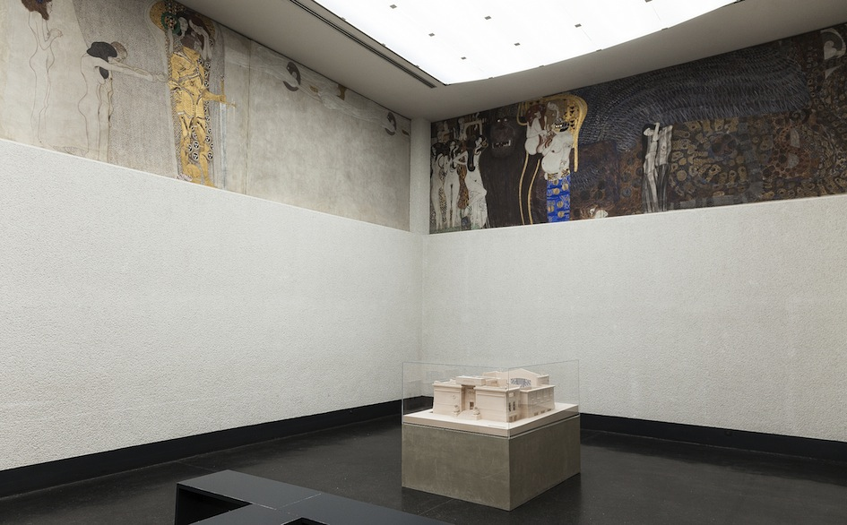 Secession, Gustav Klimt, Beethovenfries (vista parziale) - Foto Oliver Ottenschläger
