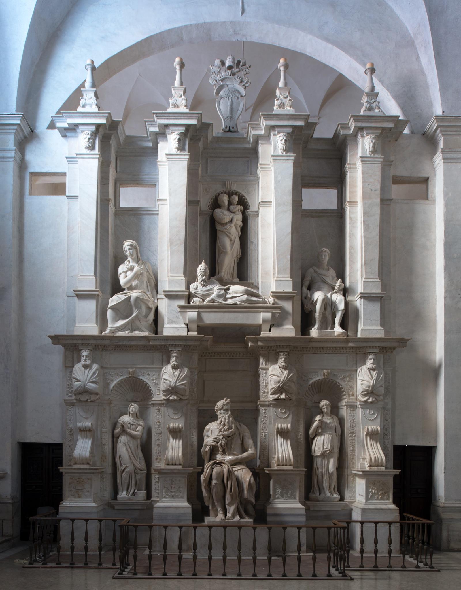Michelangelo Buonarroti, Tomba di Giulio II, Mosè, 1513 c.a, marmo, basilica di San Pietro in Vincoli, Roma. Credits Andrea Jemolo 2016
