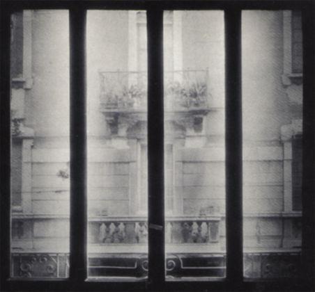 Antonio Trotta, Finestra su vetro, 1972 - realizzata in collaborazione con l'architetto Giorgio Tagini