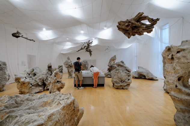 Cai Guo-Qiang, Cultural Melting Bath. Projects for the 20th Century, 1997 - MAC, Lione 2016 - photo Blaise Adilon