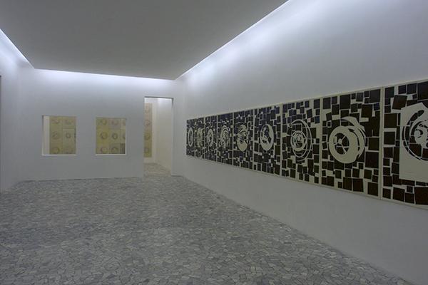 Domenico Bianchi – exhibition view at Casamadre, Napoli 2016 – Courtesy l'artista & Casamadre, Napoli