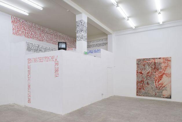 Fabian Herkenhoener, HEIM JUST, installation view at T293, Roma 2017. Courtesy of the Artist & T293. Photo Roberto Apa