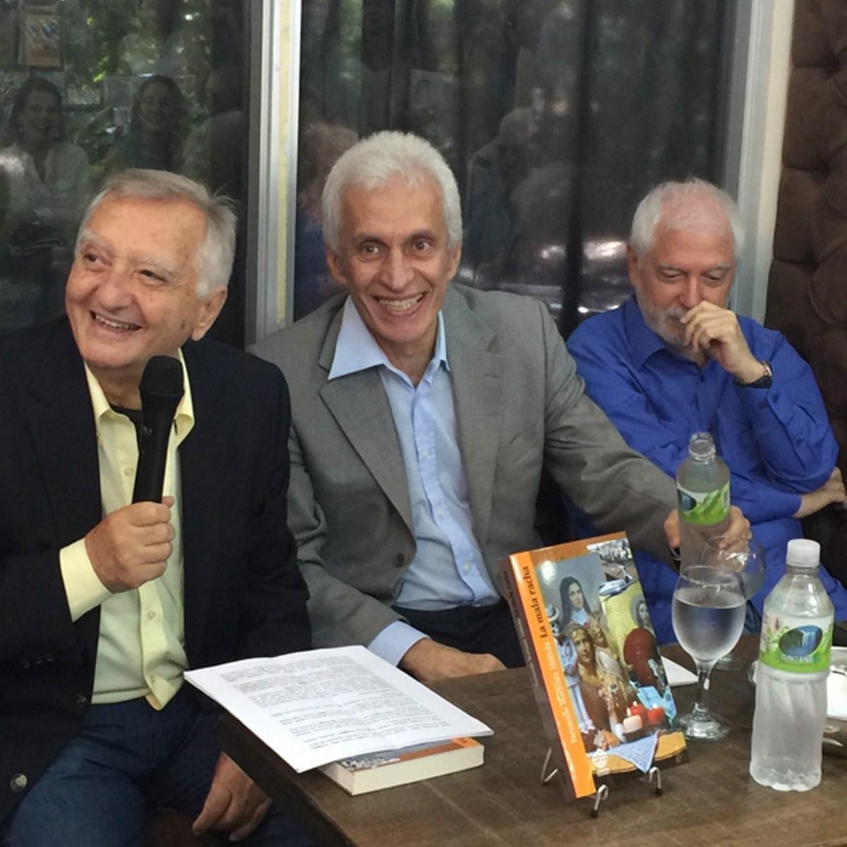 Filippo Vagnoni, a sinistra