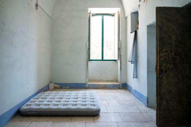Fondazione Lac O Le Mon, Casa Cafausica, particolare di una stanza, San Cesario. Photo Marco Passaro