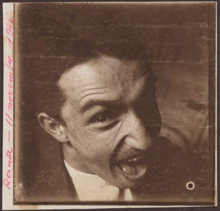 Fortunato Depero, Autoritratto con smorfia, Roma, 11 novembre 1915, fondo Depero